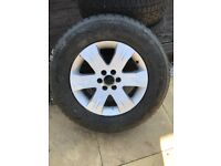 Aluminium wheel with tyre and 4 tyres for sale