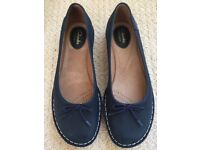 Clarks navy leather, flat shoes worn once