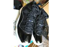 Air Jordan XI (11) Retro