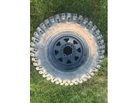 Off-road wheels and tyres 265/70-16
