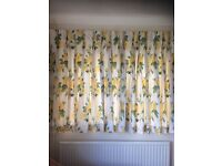 Quality lined curtains & matching valance pelmet