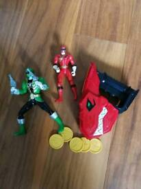2 Power Ranger figures and blaster VG condition
