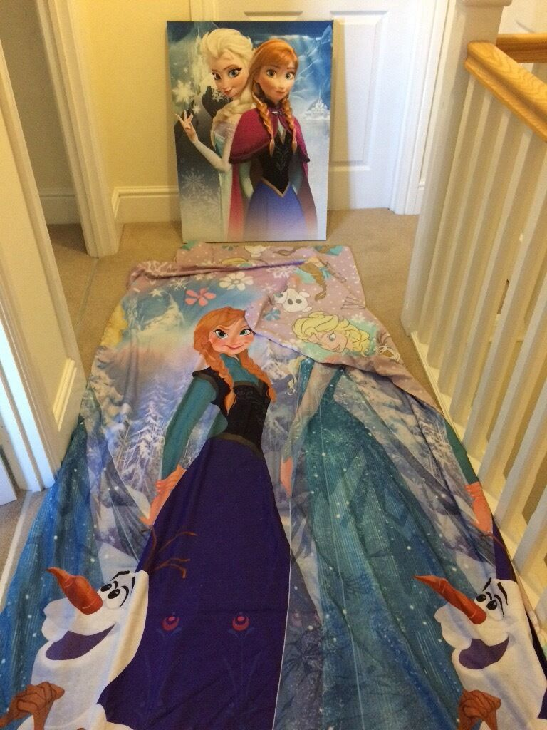 Frozen bedding and picture
