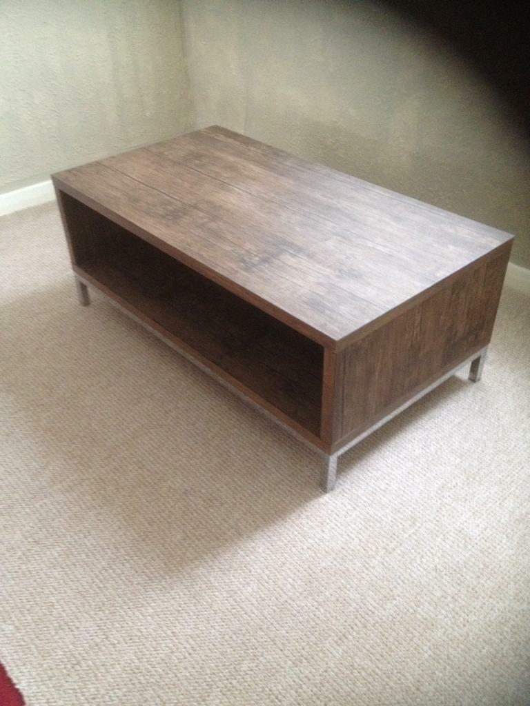 """Coffee table as newin Newcastle, Tyne and WearGumtree - Coffee table in lovely condition as new the size is 43"""" long 23"""" wide 17"""" high £25 could deliver call on 07464610595 thanks"""