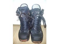 Burton snowboard boots size 9 in used condition! Can deliver or post! Thank you