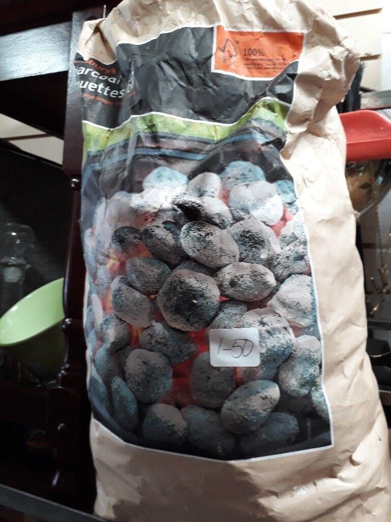 Bbq briquettes charcoal