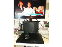 Sony dvd player /dvp-sr170 with remote all working good