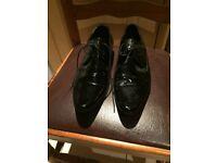 Size 8 / formal shoes/ £5 / gloss feel / men shoes