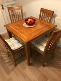 M&S SOLID OAK TABLE & CHAIRS