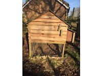 Large chicken hutch (suitable for 8 hens)