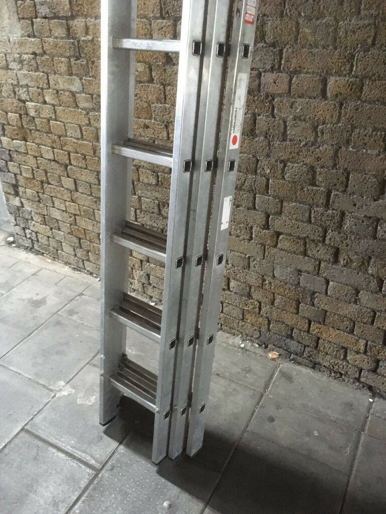 Aluminum ladder three sections