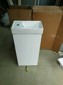 400mm compact white floor standing vanity unit with basin