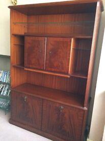 Meredew Mahognany Cabinet