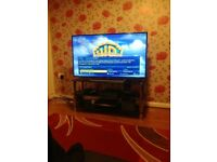Working sony 48' smart tv. Screen is cracked n remote missing. I will deliver to local for free