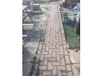 Free block paving