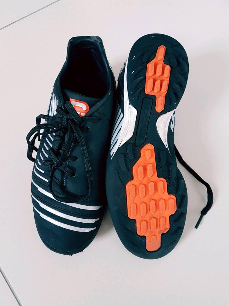 Boys football black carbrini