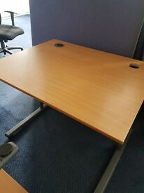 Office call centre desks / Small office desks / small home desks 1M