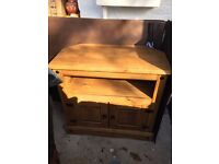 TV Stand/Cabinet Two Doors, Light Oak, Good Condition