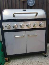 7 ring gas barbeque