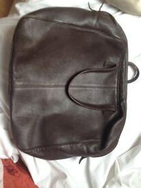 du sud gorgeous leather bag 10.00