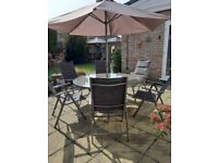 Patio Table and 6 Chairs with Parasol