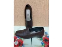 ladies brown shoes