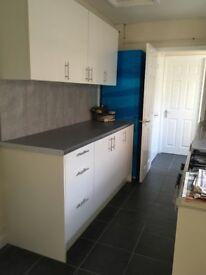 3 bedroom property near city centre. New kitchen & bathroom
