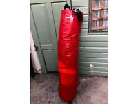 5 foot punchbag red