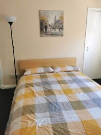 Rm 79 Fantastic Large Bedroom in House Share ALL BILLS INC
