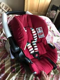 Hauck baby car seat and hard carry cot