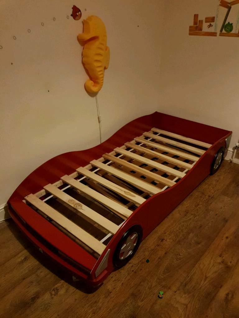 Racing car bed (single)