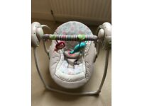 Bright start baby swing , as good as new, single use, comes from a smoke and pet free home