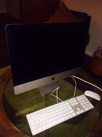 "Apple iMac 21.5"" 2.7GHz Intel Core i5 8GB RAM"