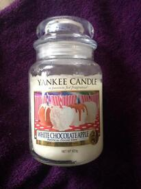 White Chocolate Apple Yankee Candle