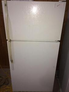 GE Fridge With Top Freezer
