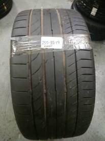 255/35/19 continental tyre with 5.3mm tread!