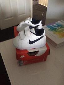Baby boy Nike size 1.5