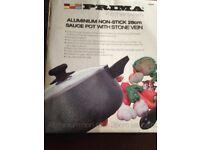 Aluminium non-stick 28cm sauce pot