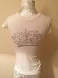 NEW MISS GRANT GIRLS IVORY TOP WITH DIAMANTE-RRP £65-UNWANTED GIFT-8 YEARS OLD