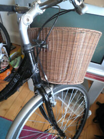 woman's hybrid Edinburgh Revolution Heritage Delux w baskets etc