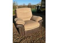 Electric reclining armchair + Free Delivery