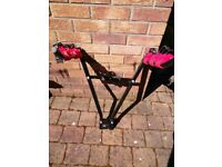 Bicycle rack, can carry 3 bicycles.