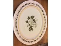 Royal Worcester 'Bernina' dinner service, serves 10