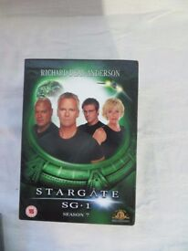 SG1 Complete Series 7 DVDs + The Ark of Truth - 11 DVDs Set - Christmas