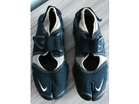 Nike rift shoes,U.K. Size 6, worn few times,exactly as seen in pics,quick sale at £35