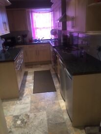Large 2bed flat