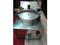 Commerical pressure fryer southern fried peri peri chicken machine working used