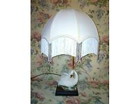 Vintage Giuseppe Armani Capodimonte Swan Lamp