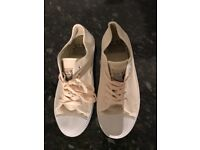 Jack Wills Ladies Plimsoles Size 7 (NEVER BEEN WORN)