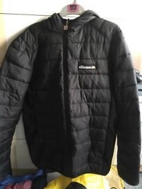 Size S Black ellesse coat